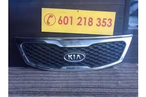Решетка радиатора  Kia sorento .  под заказ 3-5дн