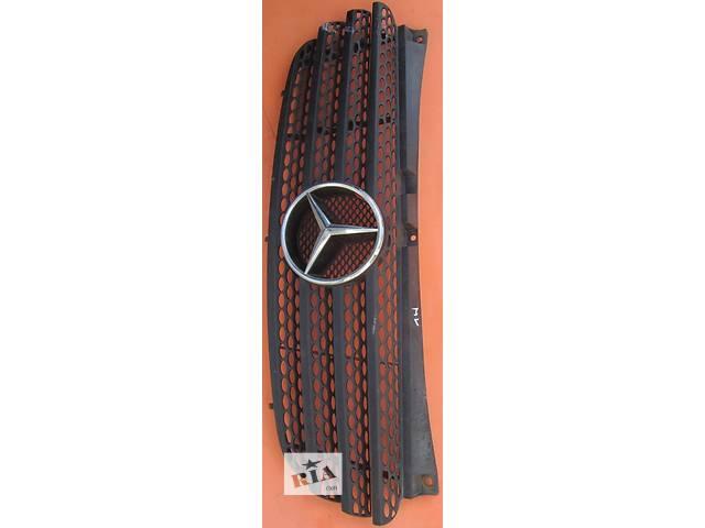 продам Решётка решетка бампера радиатора Mercedes Vito (Viano) Мерседес Вито (Виано) V639 (109, 111, 115) бу в Ровно
