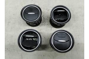 Решетка воздухозаборника передняя Ford S-max Galaxy U018809