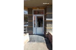Алюминиевые двери для подьездов жилых многоквартирных домов от завода в Киеве