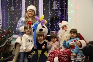 Дід Мороз Снігуронька привітання та фокуси для вашої дитини