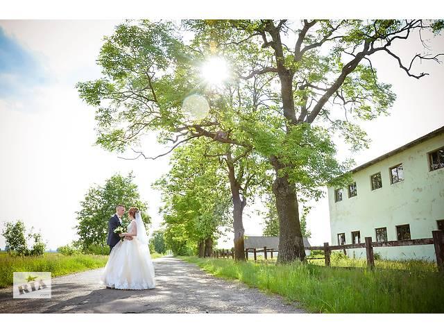 Фотограф на твоєму весіллі- объявление о продаже  в Рівному