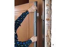 Монтаж вхідних та міжкімнатних дверей, укладення ламінату