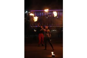 """Оненное-,Піротехнічне шоу, Вогняні інсталяції Art Group """"Fire Stream"""""""