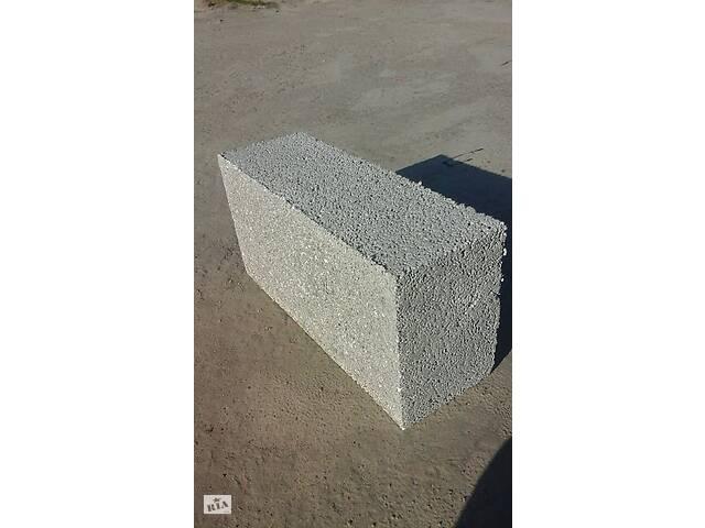 продам Полистиролбетонный блок размер 600х300х200 бу в Киеве