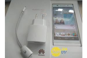 Смартфон Huawei Ascend P6 C00 (GSM+CDMA) RAM 2Gb ROM 16Gb + чехол 2шт