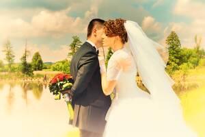 Весільний фотограф, відеооператор. Фото-відеозйомка. Відео на весілля