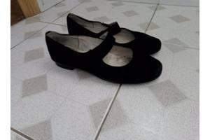 б/у Детские туфли для девочек Eссо