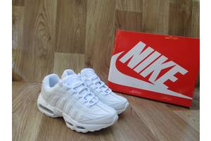 Нові Кросівки Nike