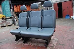 Задний тройной диван второго ряда с откидной одинаркою для Mercedes vito