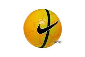 Нові Футбольні м'ячі Nike