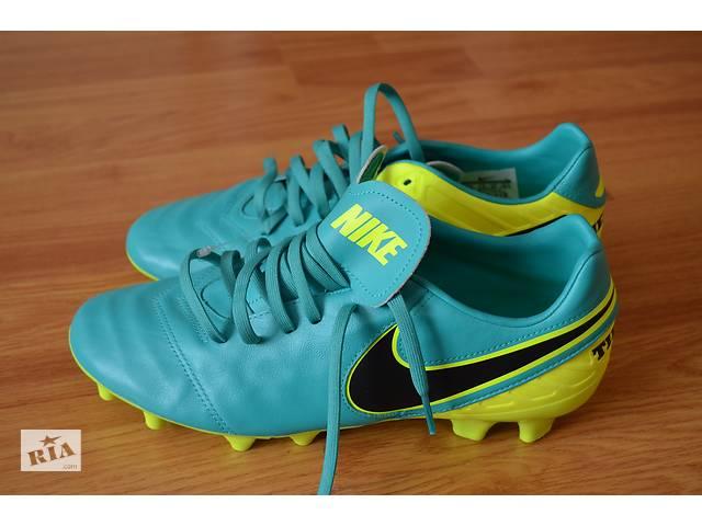 Футбольні шкіряні бутси-копачки Nike Tiempo. Р- 44.5.(28.5см). c857ec43fe49d