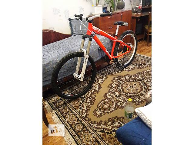 продам СРОЧНО продам лайтовый велосипед бу в Запорожье