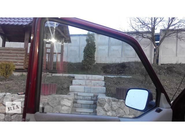 купить бу Стекло двери Volkswagen Caravella Фольсваген Т4 (Транспортер, Каравелла) в Ровно