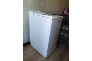 б/в Вертикальні пральні машинки Whirlpool