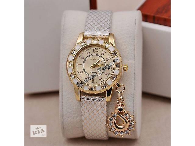 продам Стильные женские часы Kim Seng с подвеской в виде лебедя бу в Днепре (Днепропетровск)