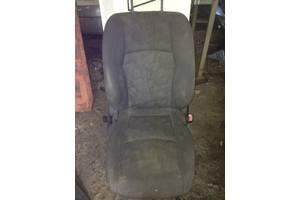 Сидіння переднє праве mercedes w203