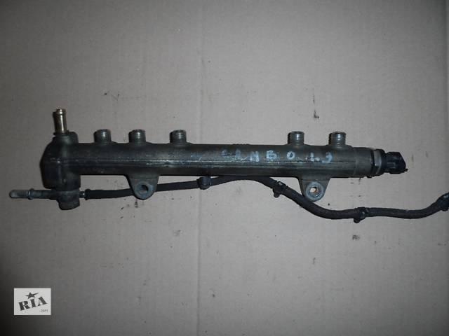 купить бу Топливная рейка Опель Комбо Opel Combo 1.3 CDTI ЦДТИ 2001-2011 в Ровно