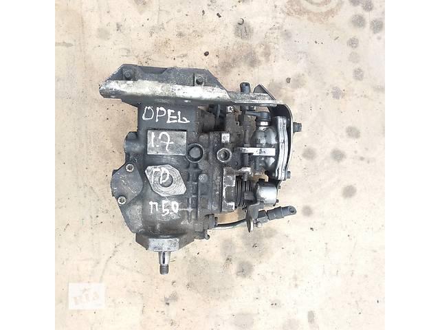 купить бу Топливный насос для Opel 1.7 TD в Ковеле
