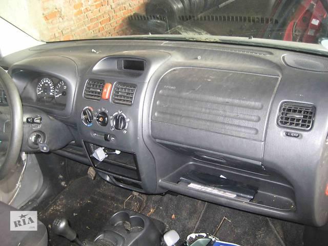 продам  Торпедо/накладка для легкового авто Opel Agila бу в Львове