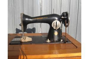 б/у Ножные швейные машинки