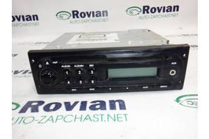 б/в Радіо і аудіообладнання / динаміки Renault Duster