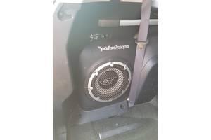 Сабвуфер штатный Rockford для Mitsubishi Outlander XL  8720A012