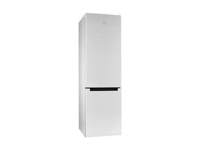 купить бу Холодильник Indesit DS3201WUA в Харкові