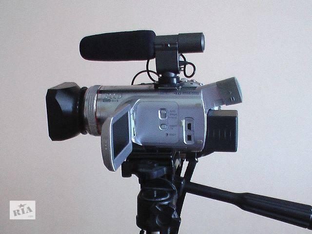 купить бу Відеокамера Професійні відеокамери б/у Panasonic nv gs 500/ в Радивилове