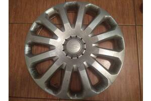 Вживаний ковпак на диск для Ford Fiesta