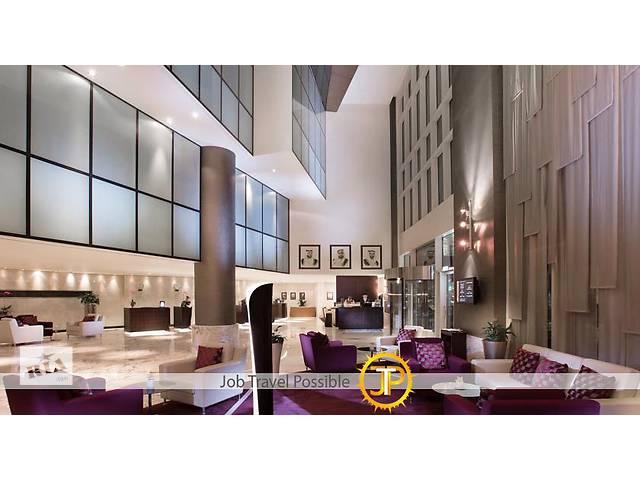 бу Waitress в Grand Millennium Al Wahda Hotel 5* (Abu Dhabi, UAE)  в Украине