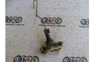 б/у Замки двери Volkswagen Passat B3