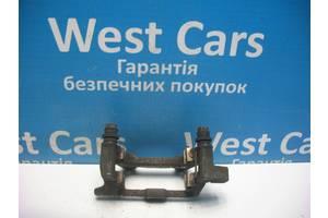 Б/У Скоба суппорта задняя правая A6 2004 - 2011 4F0615426d. Вперед за покупками!