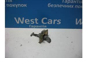 б/у Ограничители двери Peugeot 607
