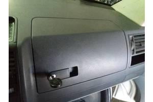 б/у Бардачки Volkswagen T5 (Transporter)