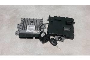 Б/у Блок управления двигателем комплект 1.5DCI. Renault Kangoo 2008- . 237101990R, 8200909666, 8200924042, 8201077406