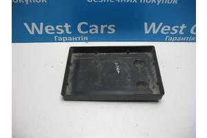 Б/У Підставка під акумулятор Grand Vitara 2005 - 2012 3366065J00. Вперед за покупками!
