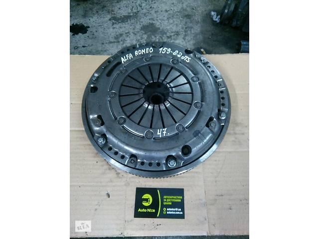 купить бу Б/у комплект сцепления для Alfa Romeo 159 2.2 JTS в Ковеле