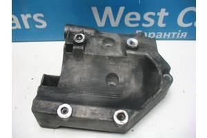 Б/У Кронштейн кріплення кондиціонера 2.7 D Rodius 2004 - 2013 A6652340539. Вперед за покупками!