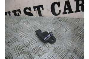 б/у Кронштейны крепления радиатора Fiat Doblo