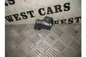 б/у Кронштейны крепления радиатора Suzuki Grand Vitara