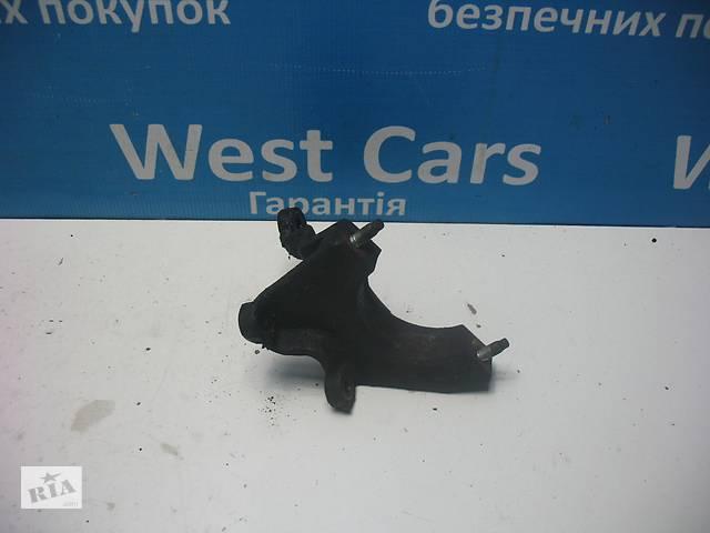 бу Б/У 2002 - 2009 C-Max Кронштейн підвісного підшипника 1.8 Tdci. Вперед за покупками! в Луцьку