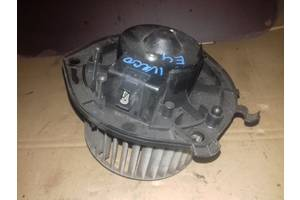 Б/у моторчик пічки для Iveco Daily