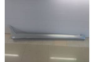 б/у Накладки порога Mitsubishi Grandis