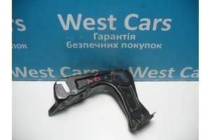 Б/У 2004 - 2013 Octavia A5 Кронштейн фари передньої правої. Вперед за покупками!