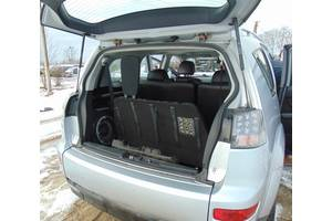 б/у Петли крышки багажника Mitsubishi Outlander XL