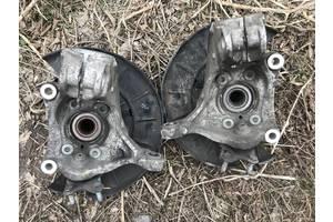 б/у Поворотные кулаки Volkswagen Passat B6