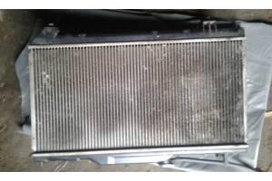 Б/у радиатор для Toyota Avensis 1997-2002