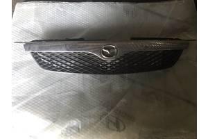 б/у Решётки радиатора Mazda 323