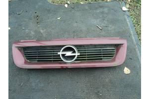 б/в грати радіатора Opel Vectra A